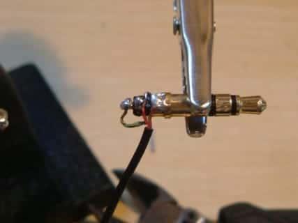 フォーンプラグ断線修理