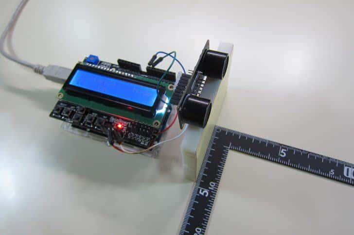 【Arduino】超音波センサーで距離計をつくってみた!【URM37】
