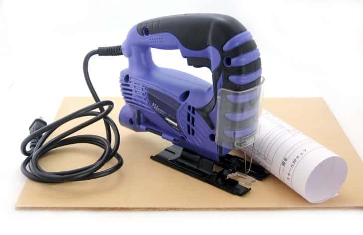 【電動工具紹介】木を切る道具(2):曲線も自由自在に切れる【ジグソー】