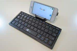 スティック形状のスリムなキーボードEC Technology Bluetooth キーボードレビュー!