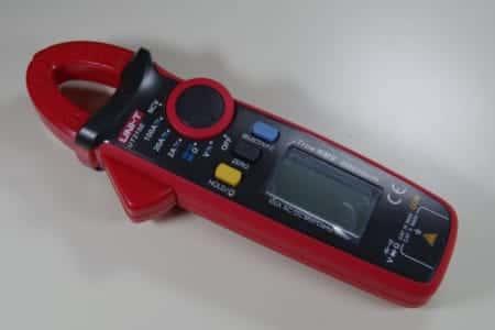 クランプメーターUNI T『UT210E』レビュー!直流電流も測定できる安価なクランプ