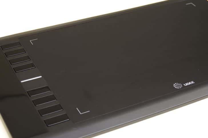 UGEE M708ペンタブレットレビュー