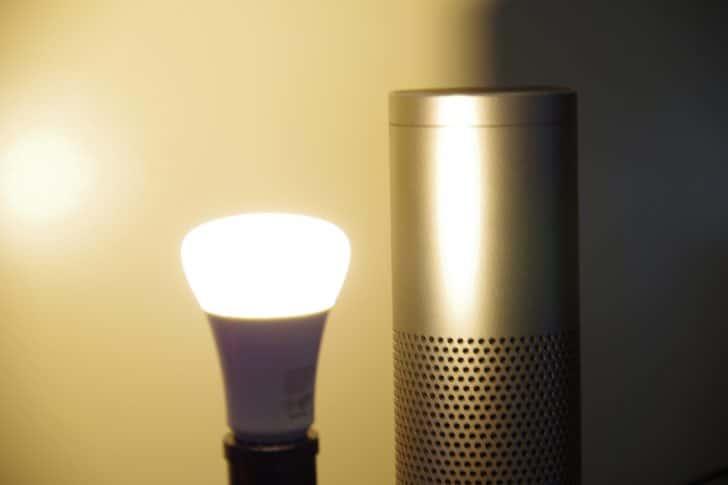 Amazon Echo とHueで点灯