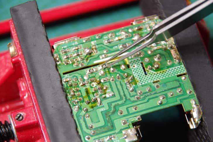 ピンセットの選び方、電子工作に使う精密ピンセットオススメ4選
