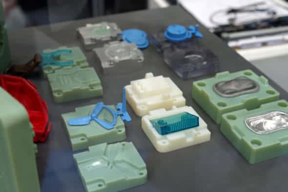 デジタルモールドによる多彩な製品