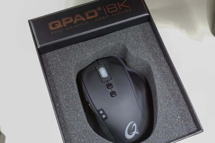 軽くて操作感の良い「QPAD 8K Laser Pro Gaming Mouse」ゲーミングマウスレビュー