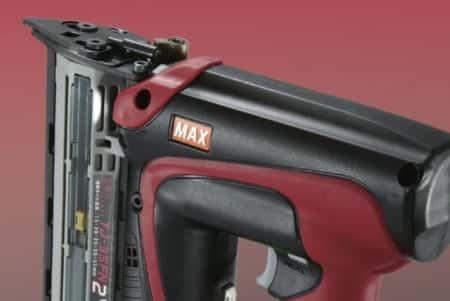 バッテリーで使える釘打ち機!フィニッシュネイラ・ピンネイラ・タッカーの違いを解説