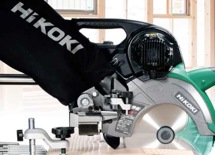 HiKOKI C7RSHD/C3607DRA 卓上スライド丸ノコ、クラス最高水準の低騒音