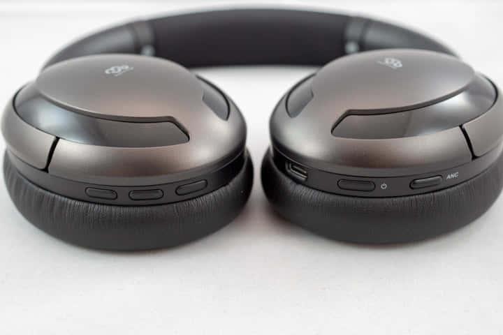 Mu6ノイズキャンセリングヘッドホン側面
