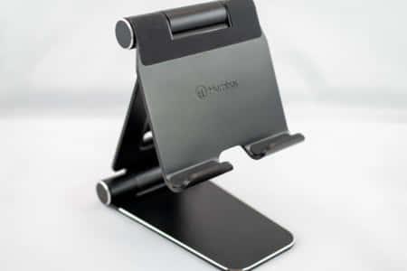 タブレットに最適!ノートパソコンにも使えそう、安定感が抜群のスタンド|Humixx タブレットスタンド レビュー