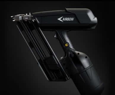 AIRBOW 圧縮空気を使うコードレス釘打ち機、ガス・バッテリ不要の新方式