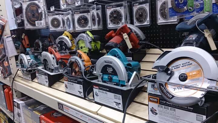 【工具コラム】海外の電動工具は輸入して日本で使える?