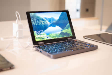 コンパクトな8インチノートパソコン『CHUWI MiniBook』は性能も拡張性も優れた高コスパPC