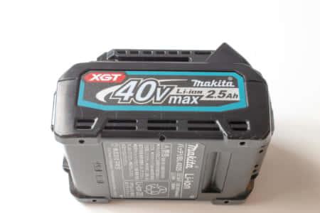 マキタの新40V MAXバッテリーを分解して、防水バッテリーの秘密を探ってみた