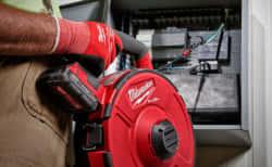 Milwaukee、配線引き込みを電動化した業界初の配線工具『M18 FUEL ANGLER』を発売